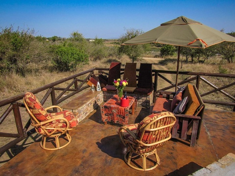 Outside patio area with view of  the Crocodile River and the Kruger National Park