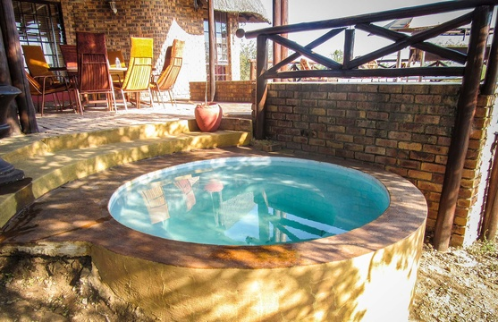 Splash pool overlooking the Crocodile River and the Kruger National Park